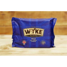 Сыр Wyke Farms Mild and Mellow Cheddar 200г